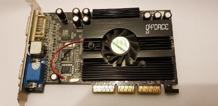 Tarjeta de vídeo agp marca nvidia gforce 5500