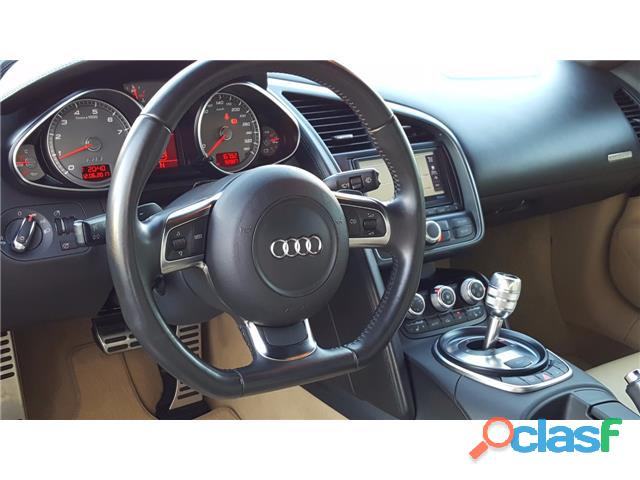 Audi R8 4.2 FSI quattro R tronic 3
