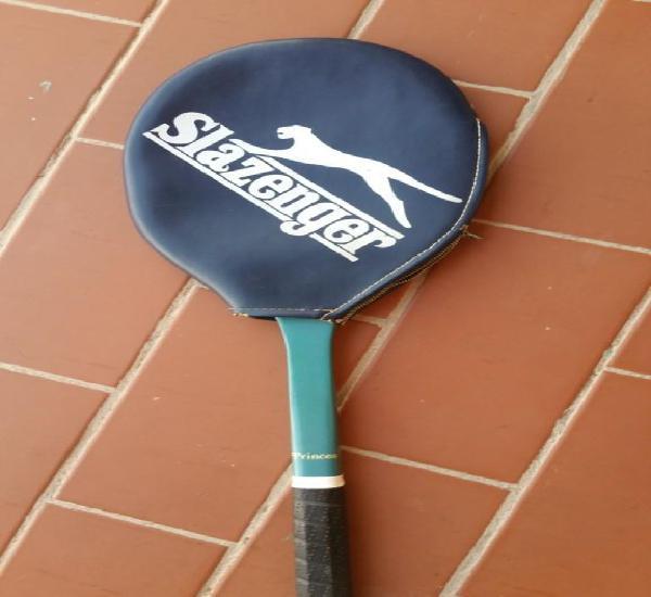 Raqueta tenis slazenger. años 70