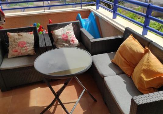 Sofá, dos sillones y mesa jardin