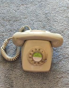 Teléfono vintage elasa antiguo