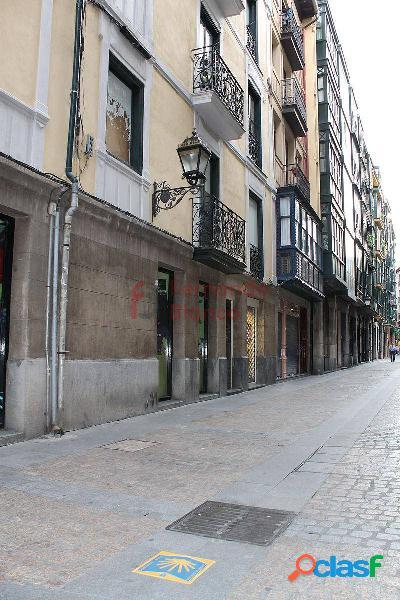 Alquiler de Piso en Tendería, Casco Viejo, Bilbao 1