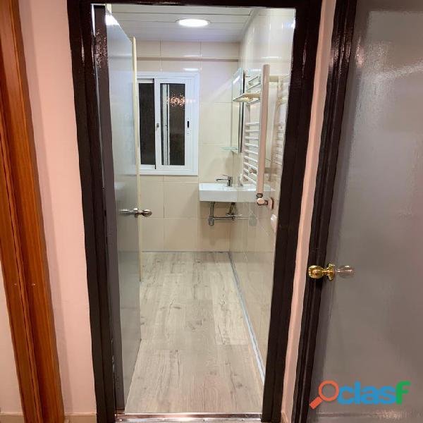 Habitación doble con baño privado en piso de estudiantes 4