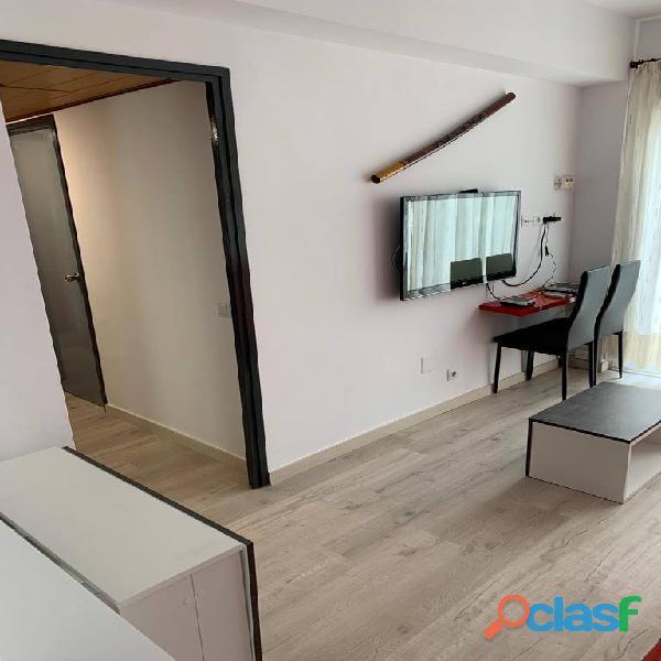 Habitación doble con baño privado en piso de estudiantes 9