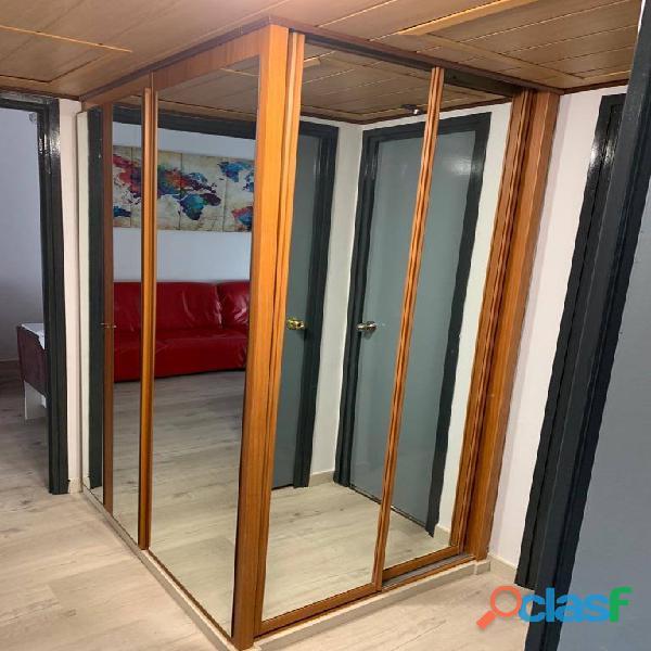 Habitación doble con baño privado en piso de estudiantes 12