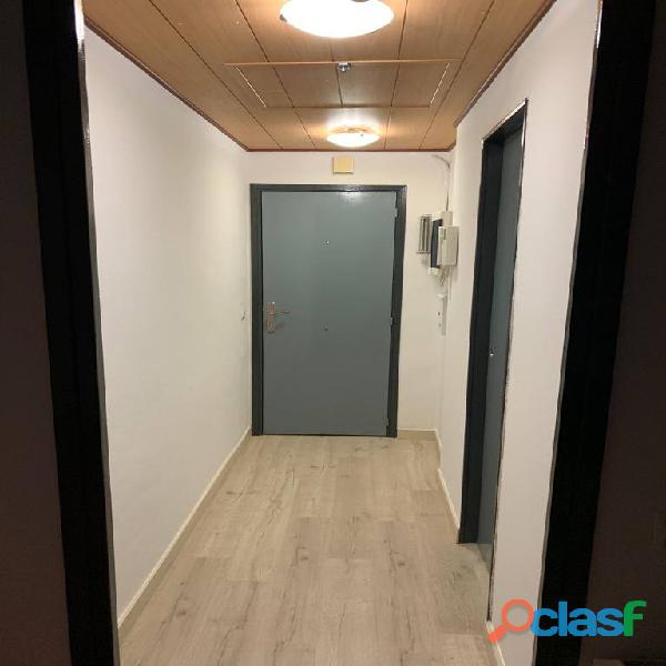 Habitación doble con baño privado en piso de estudiantes 13