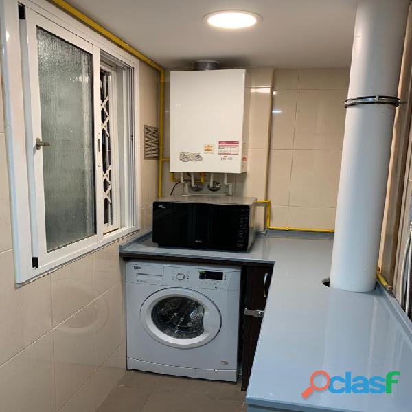 Habitación doble con baño privado en piso de estudiantes 15