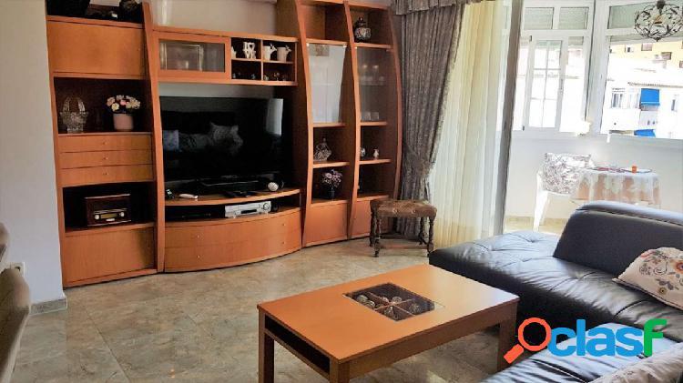 Apartamento recien reformado, muy amplio y luminoso con buenas vistas en el centro de san pedro