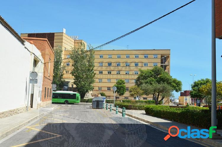 PISO JUNTO AL HOSPITAL EN VENTA, ENTRADA ÚNICA 5.000 € Y HIPOTECA DESDE 330 € INTERÉS FIJO 2