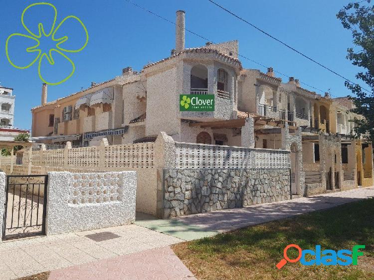 Chalet adosado en venta en urbanización playa grande, puerto de mazarrón, murcia.
