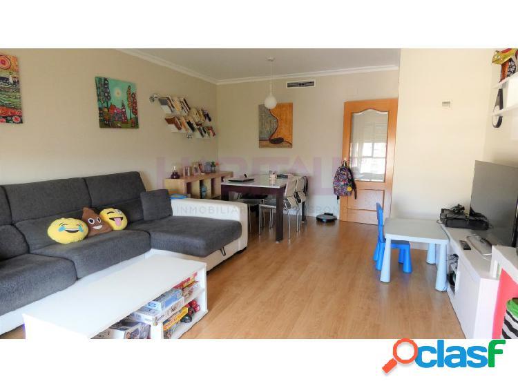 Precioso y funcional piso de 3 habitaciones con garaje y trastero. 3