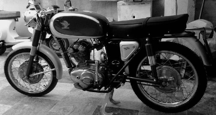 Ducati 125 sport