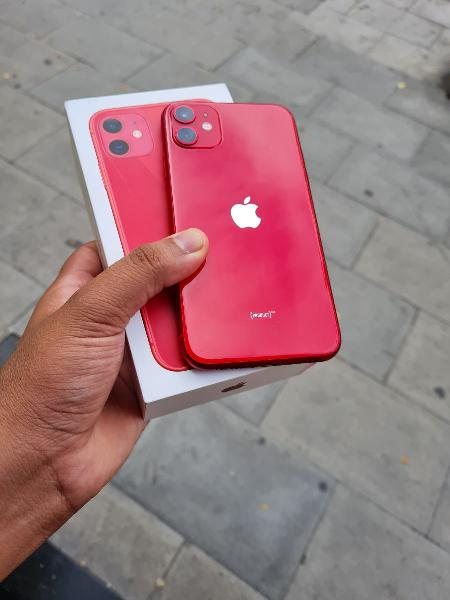 I phone 11 256gb rojo