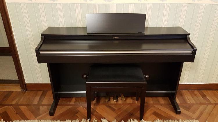 Piano digital yamaha arius ydp 162 rw