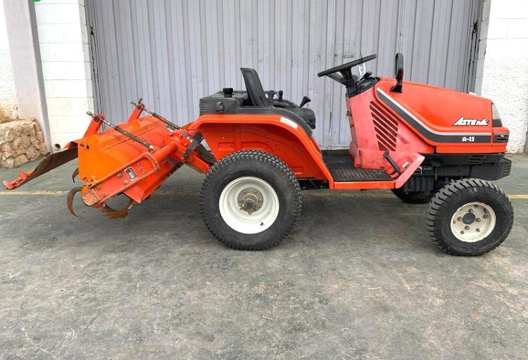 Venta de mini tractor kubota aste a13 en valencia