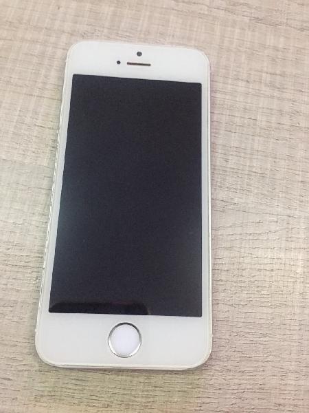 Iphone 5s plata, en perfecto estado!