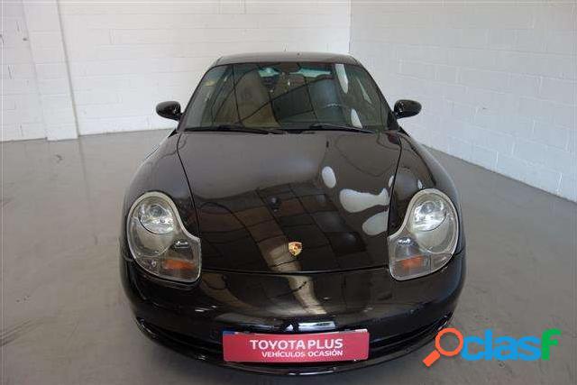 Porsche 911 Carrera Coup '99 2