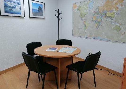 Conjunto, mesa con 4 sillas