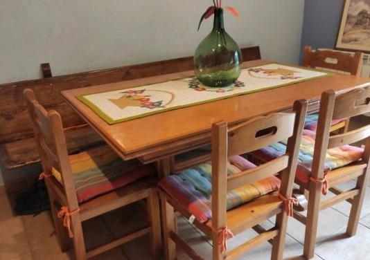 Conjunto mesa y 6 sillas de madera de pino