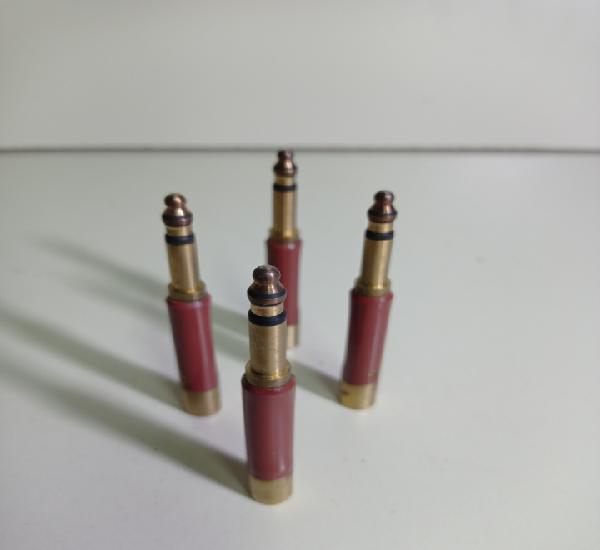 Cuatro clavijas de bronce o latón para antigua centralita