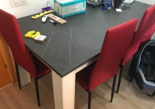 Mesa de comedor roble blanco y gris piedra