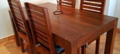 Mesa de madera maciza de 160x90
