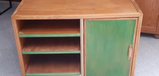 Mueble tv ó pequeño aparador