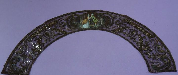 Pais del siglo xix con lentejuelas metalicas