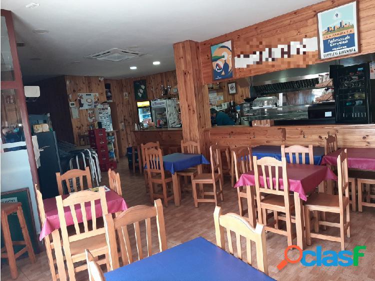 Traspaso Bar Restaurante C3 terraza y salida humos en Sant Joan Despi 1