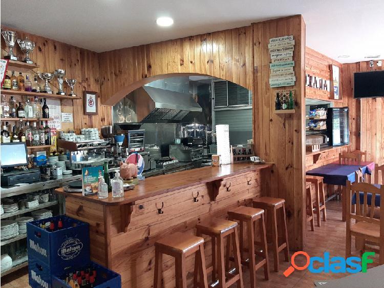 Traspaso Bar Restaurante C3 terraza y salida humos en Sant Joan Despi 2