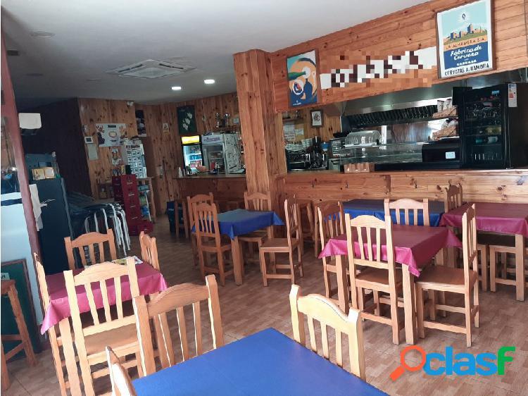 Traspaso Bar Restaurante C3 terraza y salida humos en Sant Joan Despi 3