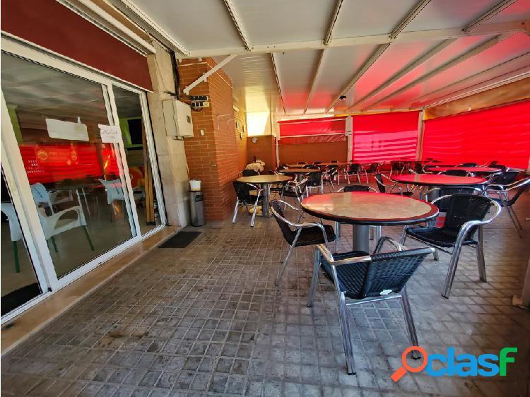 Traspaso bar con gran terraza en sant boi de llobregat