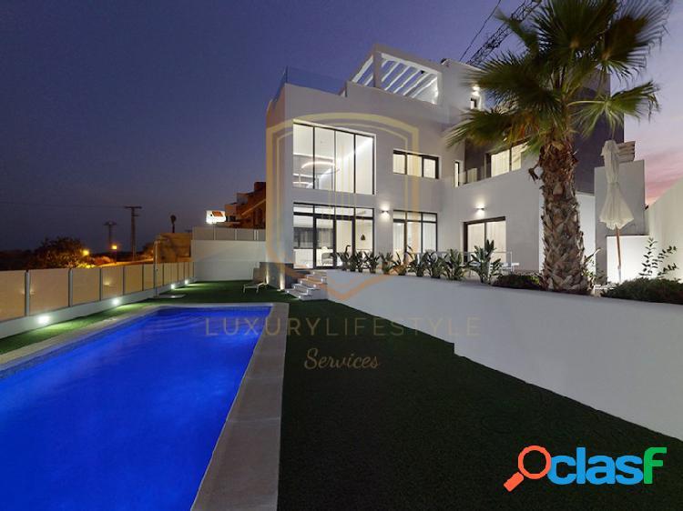 Villa moderna de vistas al mediterráneo entrega 2021