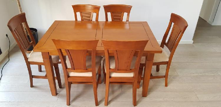 Conjunto de mesa y 6 sillas de comedor