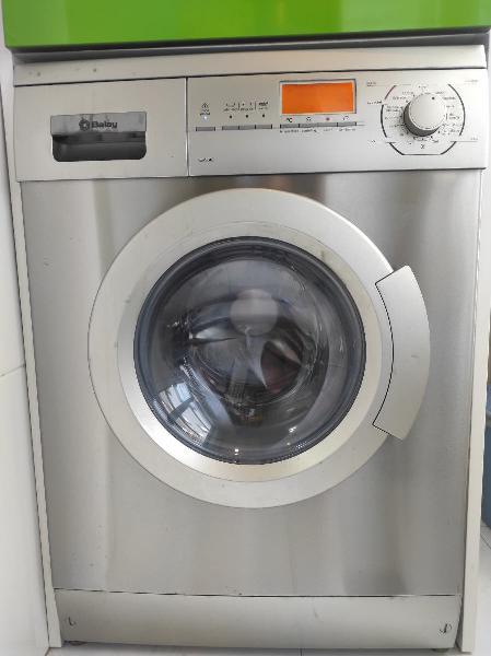 Lavadora/secadora balay para arreglar.
