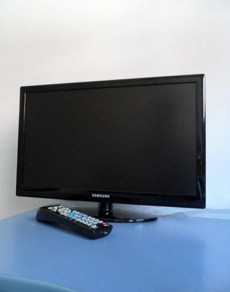 """Televisión samsung hd 19"""""""