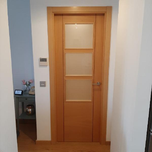 Puertas de interior macizas en color roble