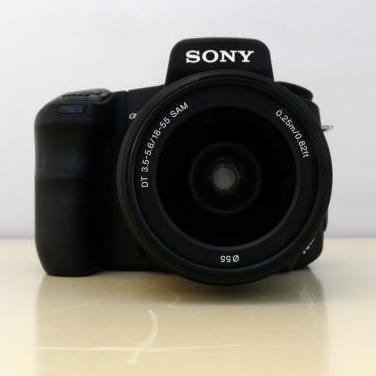 Camara sony alpha 200 sony 18-55mm f3.5-5.6