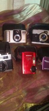 Lote de 5 cámaras de fotos.