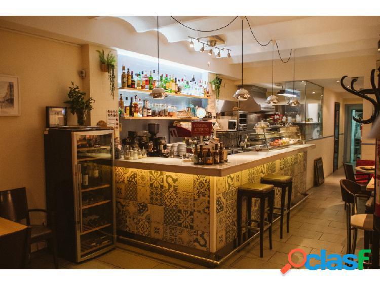 Traspaso Bar Restaurante C3 en San Antoni con Loft y terraza 1