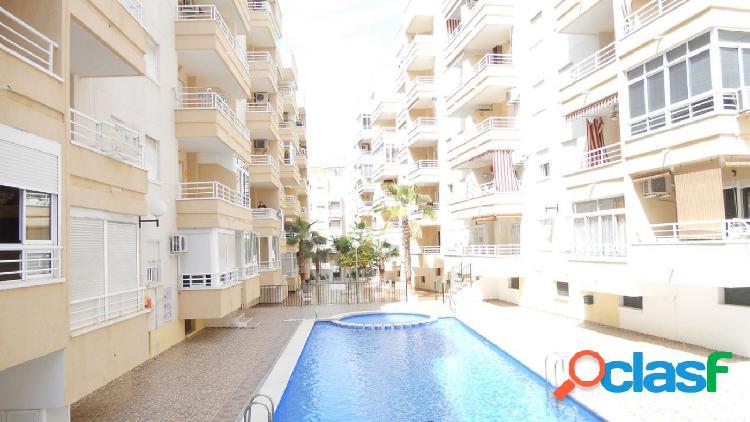 Apartamento 2 dormitorios, orientación sur, con piscina