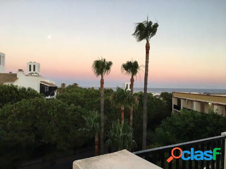 Precioso estudio reformado en Romana Playa, Elviria, uno de los mejores barrios de Marbella. 1