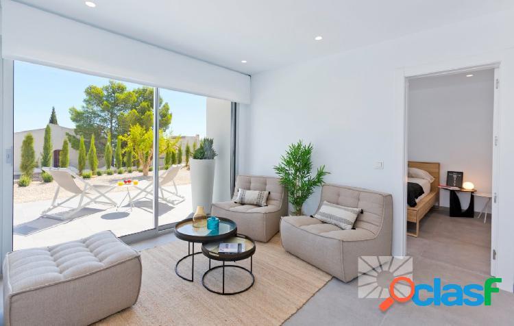 Exclusiva villa de diseño moderno lista para entrar situada en el residential resort cumbre del sol