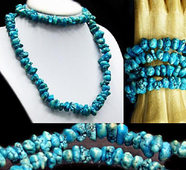 Collar vintage de antiguas turquesas con formas naturales de