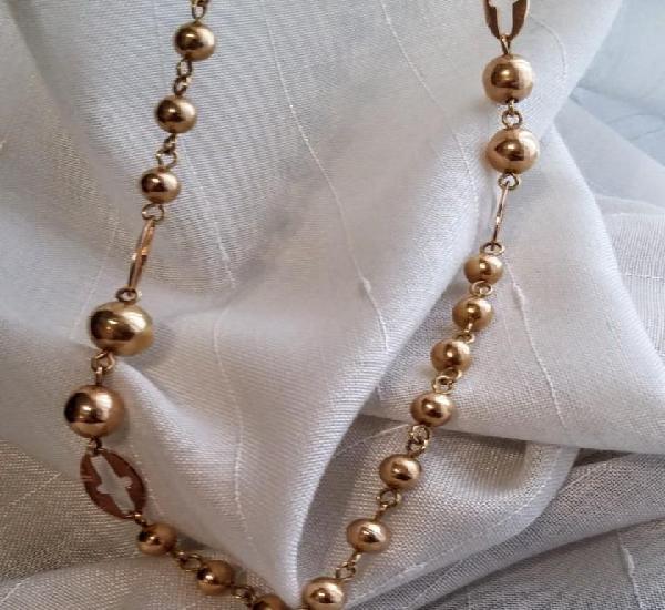 Larga cadena de oro de antiguo rosario de principios de