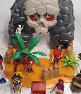 Playmobil isla calavera pirata
