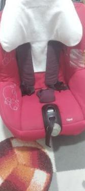 Silla de bebe para coche. bebe confort grupo 0 /1.