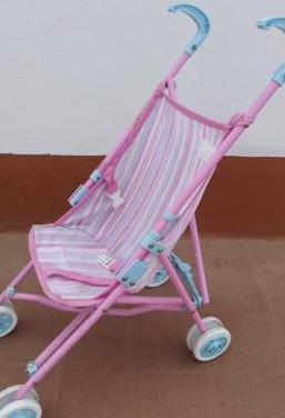 Carrito para bebé de juguete