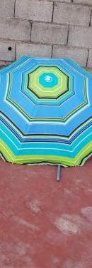 Sombrilla de playa buen estado