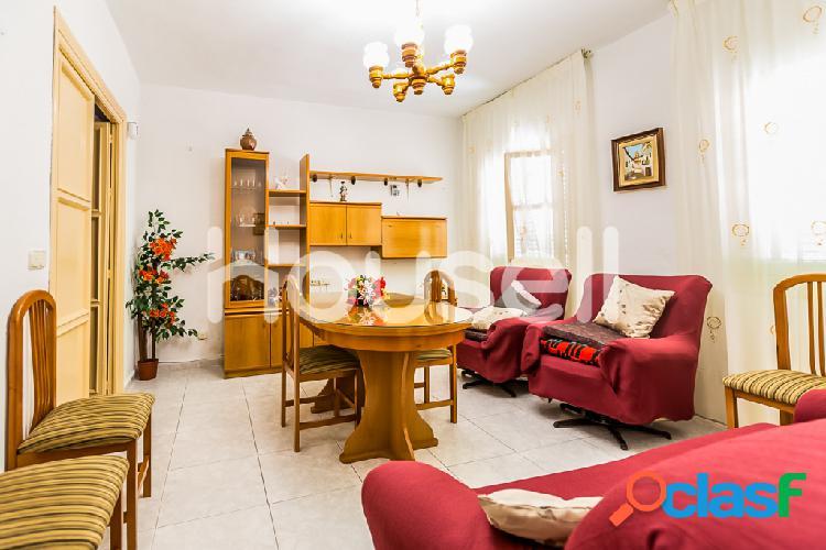 Piso en venta de 60m² en Calle Ferrobus, 04007 Almería 1